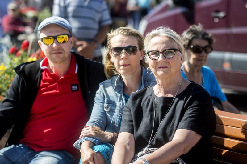 Tuomas, Eija ja Pirkko Hakunti aikovat mahdollisesti mennä kuuntelemaan kesäsoittokuntaa myöhemminkin.