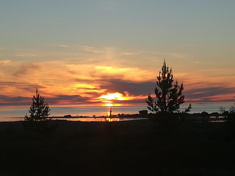 Ilta-aurinkoa Hiekkasärkillä.
