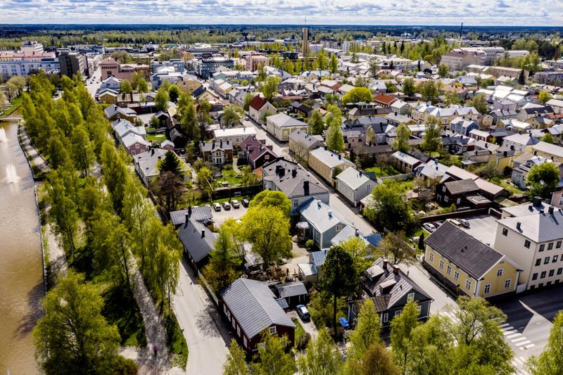 Vaiherikas brändäystyö on loppusuoralla Kokkolassa. Kuva Neristanista eli vanhankaupungin kaupunginosasta.