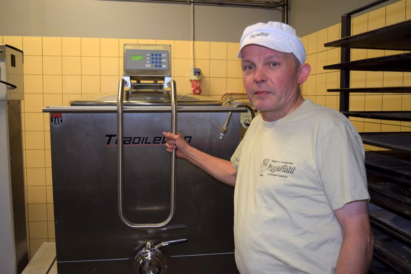 Ulf Fagerudd hankki raskituslaitteen Belgiasta.