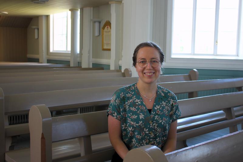 Uusi kanttori. Sanna Polso nauttii, kun työssä yhdistyy musiikki ja vuorovaikutus ihmisten kanssa.
