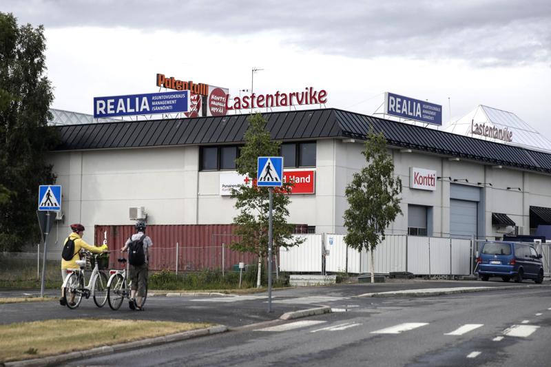 Oulussa sijaitsevasta SPR:n Kontti-myymälästä löytyi käsikranaatti lauantaina.