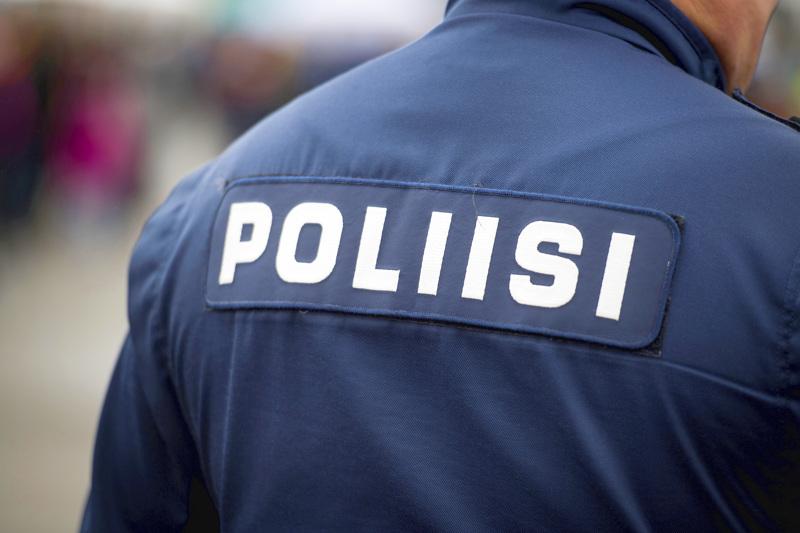 Oulun poliisi tiedotti karhukolarista Pyhäjoella torstaina aamupäivällä.