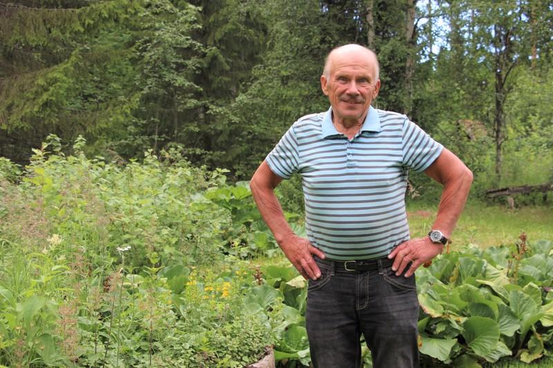 Ensimmäisen kerran Esko Vilppola lähti marjametsään 9-vuotiaana. Nyt marjareissuja on takana useampi, ja pakkaset täyttyvät vuosittain monista kymmenistä sangollisista.
