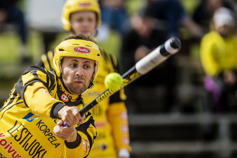 Miro Märsylä ja muut Ura-pelaajat saavat tänään vastaansa Alavuden Peli-Veikot.