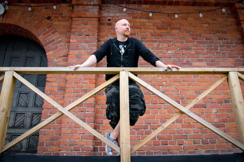 Nicumon tarina alkoi vuonna 2007. Hannu Karppinen päätyi Nicumoon vuotta myöhemmin, kun bändiin etsittiin laulajaa.