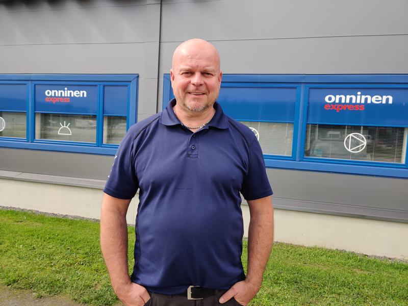Petri Vehmanen valmentaa Hermes junioreiden vanhinta ikäluokkaa yhdessä Taneli Hautalan kanssa.