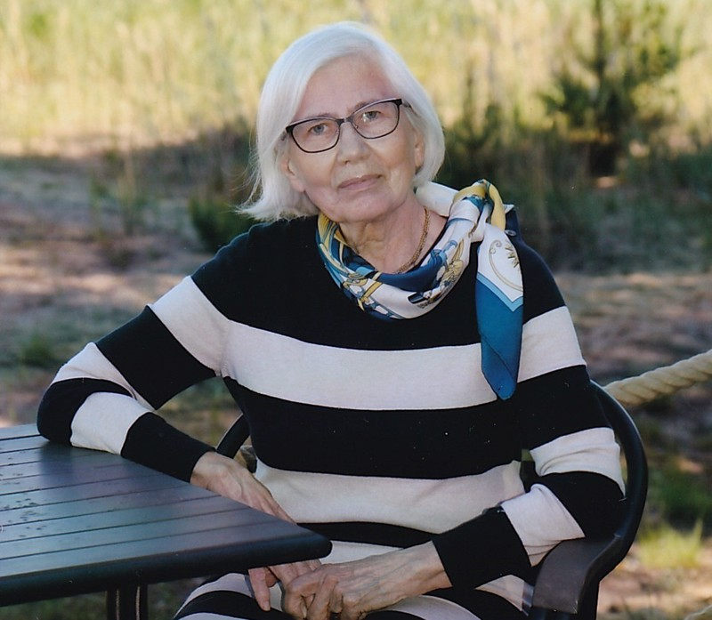 Eila Helén 1940-2020.