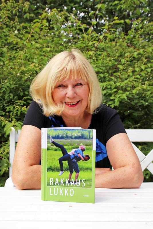 Ulla-Mari Kiven uusi kirja Rakkauslukko on kerännyt paljon positiivista palautetta rakkaudennälkäisiltä lukijoilta. Päähenkilöiden tarinalle kaivataan kuumeisesti jatkoa, ja Kivi paljastaa, että sellaista on myös mahdollisesti luvassa.