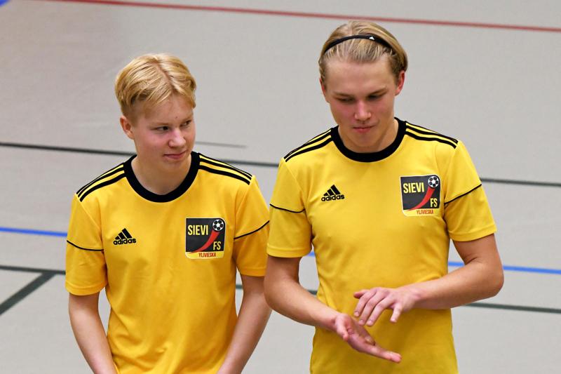Jesper Ojala ja Jose Suihkonen saivat aiemmin kesällä kutsun nuorten maajoukkueleirille.