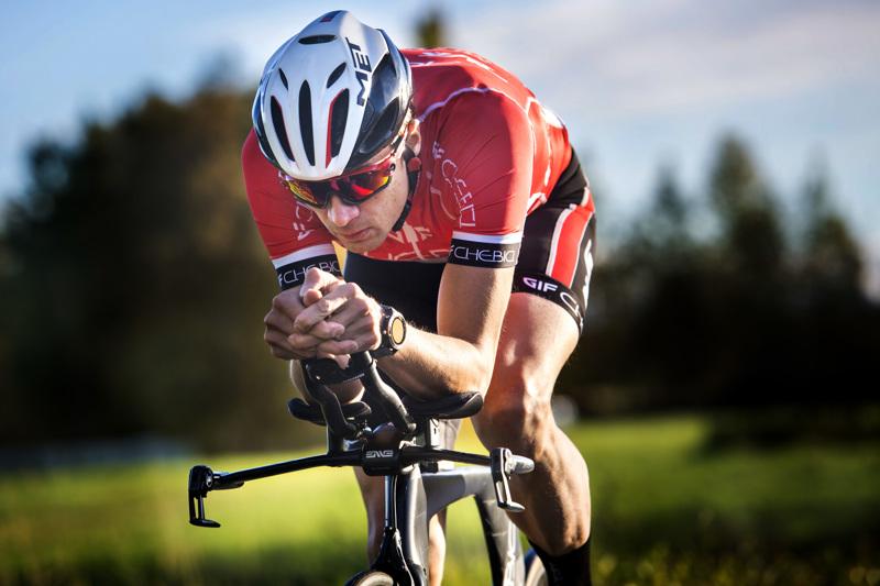 Gamlakarleby IF:n pyöräilijä ja valmentaja Tommi Martikainen lähtee yhdessä neljän muun ajajan kanssa hakemaan Oulusta kolmatta peräkkäistä joukkueaika-ajon suomenmestaruutta.
