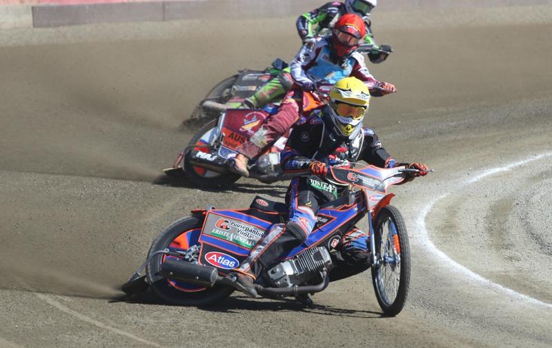 Antti Vuolas ajoi yhdessä veljensä Niilon kanssa toiseksi Baltic Speedway Leaguen kilpailussa.
