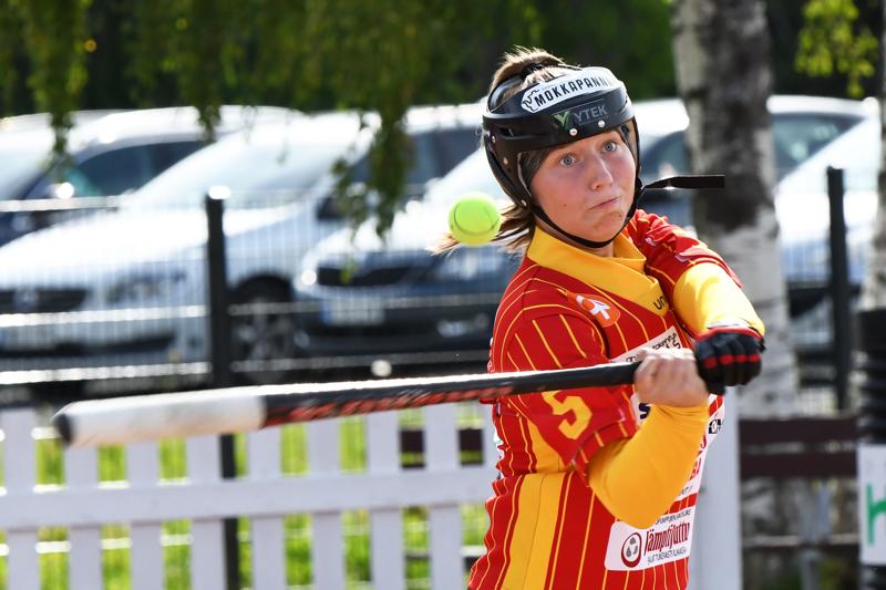 Kuulattarien Eerika Vierimaa oli lauantaina tehokas kotiutustilanteissa. Parhaana palkittu Vierimaa iski ylivieskalaisille kuusi juoksua.