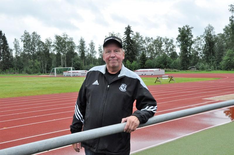 Timo Känsäkankaalle ovat Kokkolan Kirkonmäen ja monet muut kentät tulleet tutuiksi vuosien varrella.