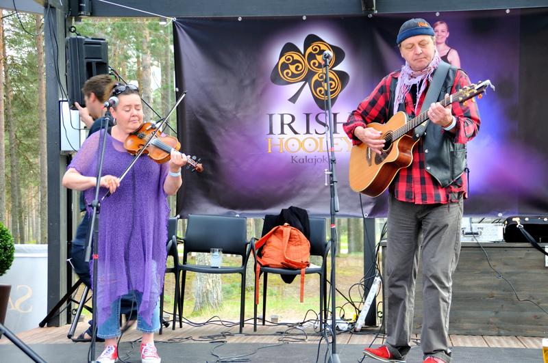 Ants in The Pants esiintyi Irish Hooleyssä myös muutama vuosi sitten. Turenkilainen kokoonpano ilahduttaa irkkumusiikilla myös tänä vuonna.
