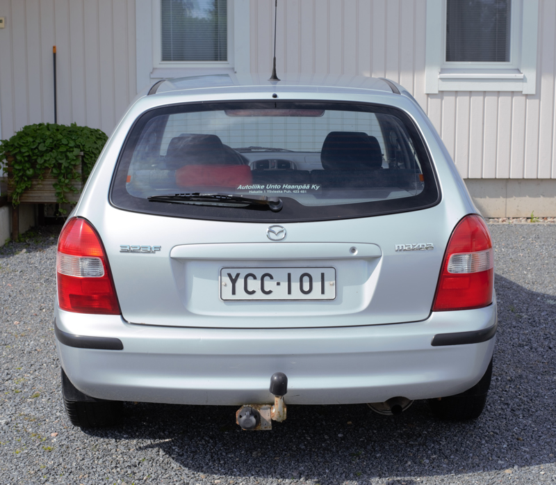 Omistaja arvostaa Mazdan tekniikkaa.  -Viat ovat yleensä helppo paikallistaa ja korjata omin avuin, Lauri Kääriäinen sanoo.