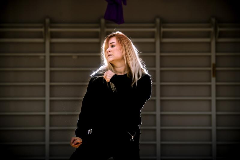 Tanssinopettaja Nora Kuhlström haaveilee oman uran eteenpäin viemisestä esiintymislavoille.
