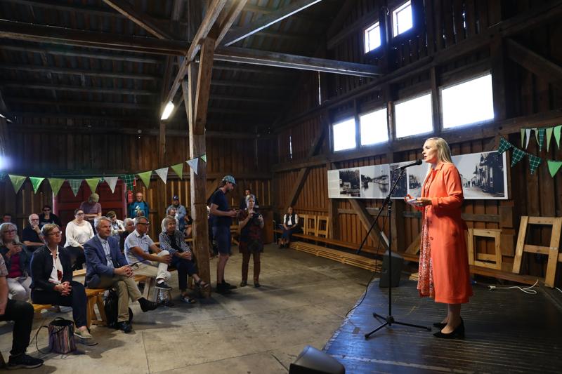 Budjettiriihessä pitää Maria Ohisalon mukaan ottaa askeleita kohti ekologisesti ja taloudellisesti kestävää Suomea. Hän puhui yleisölle Lahden satamassa maanantaina