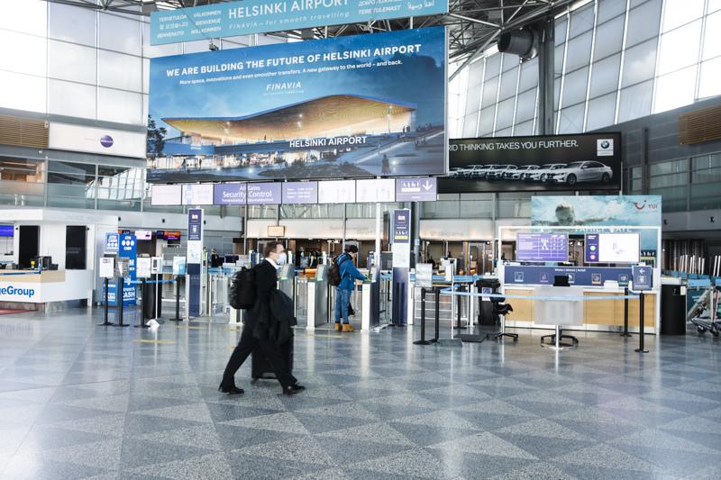 Tällä hetkellä Helsinki-Vantaalle saapuu lentoja useista riskimaista. Arkistokuva toukokuulta.