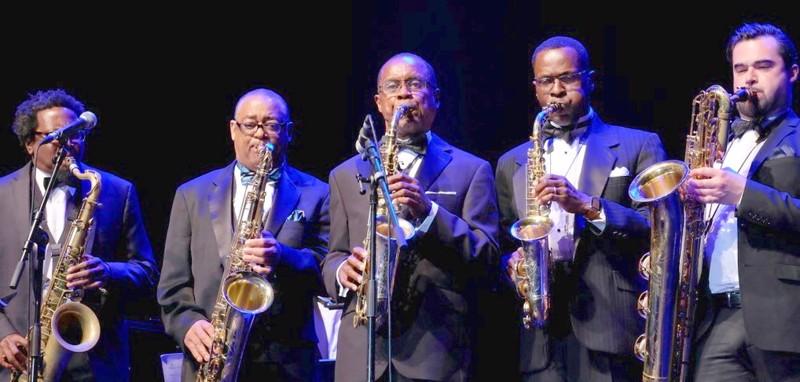 The Duke Ellington Orchestran puhallinryhmä tuleekin Suomen kiertueelle syksyn sijaan vasta ensi vuonna huhtikuussa.