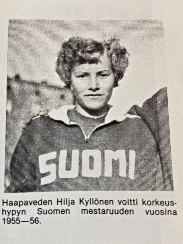 """Hilja Kyllösen urheilu-urasta  kerrotaan muun muassa vuonna 1986 julkaistussa Matti Hannuksen kirjassa """"Sisupusseja ja sankareita  - Pohjoispohjalaisen yleisurheilun historia, josta kuva. Löytyisiköhän haapavetisistä albumeista Hiljasta lisää kuvia?  Haapavesi-lehden toimitus ja Seppo Viirret on kiinnostunut niistä."""