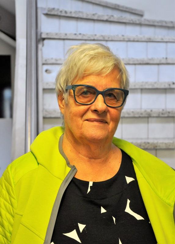 Ulla Vähärautio, Himanka- Kyllä minulle tytöntyttö sen latasi.