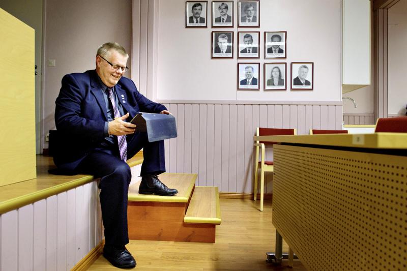 Koronatartunnat sulkevat Lestijärven toimintoja. Lestijärven kunnanjohtaja Esko Ahonen kutsui koolle koronaryhmän.