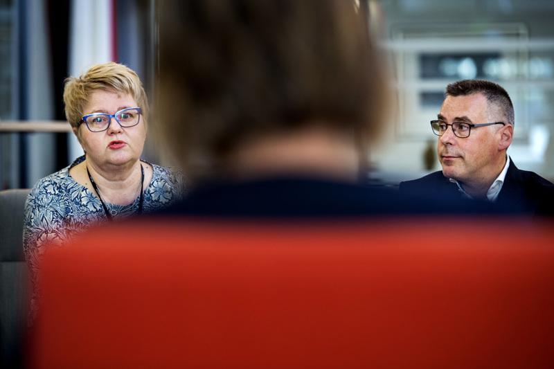 Toimitusjohtaja Minna Korkiakoski-Västillä ja talousjohtaja Pasi Hämäläisellä riittää pohtimista ensi vuoden talousarvion laadinnassa.