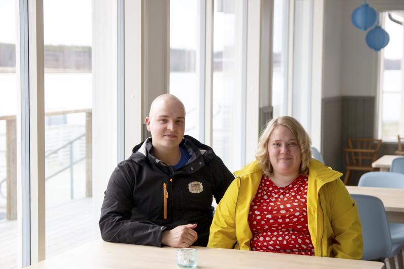 Kylpyläsaaren yrittäjät Joni Humaloja ja Päivi Viitasalo ovat ilmaisseet kaupungille halukkuutensa solmia leirintäalueesta nykyistä viittä vuotta pidemmän vuokrasopimuksen.