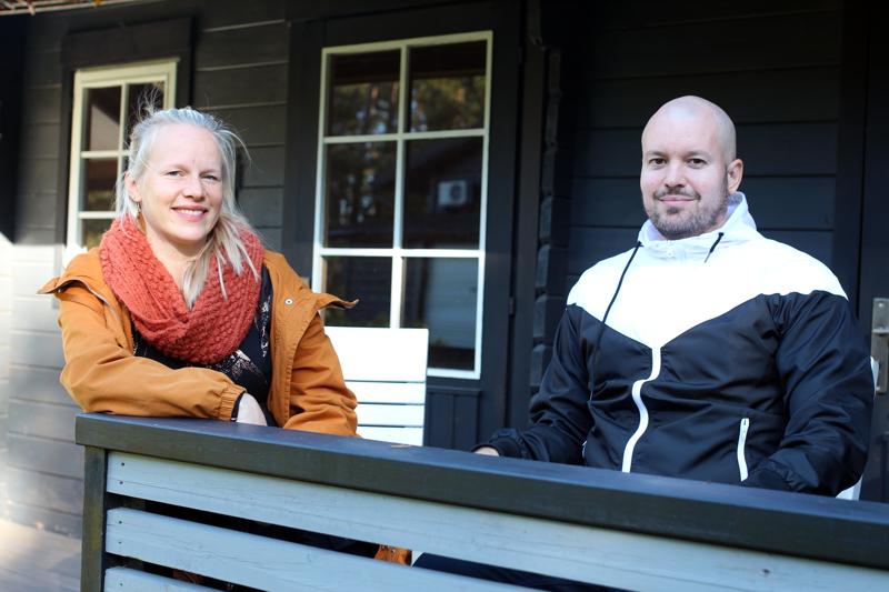 Heini ja Eetu Junnilainen toimivat tukiperheenä. Aluksi lapsen tapaaminen jännitti, mutta asiat loksahtivat helposti kohdalleen.
