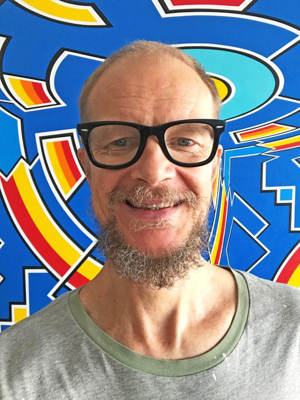 Nivala-lehti pyysi taiteilija Alvar Gullichsenilta kuvan hänestä itsestään, ja tämän hän lähetti.