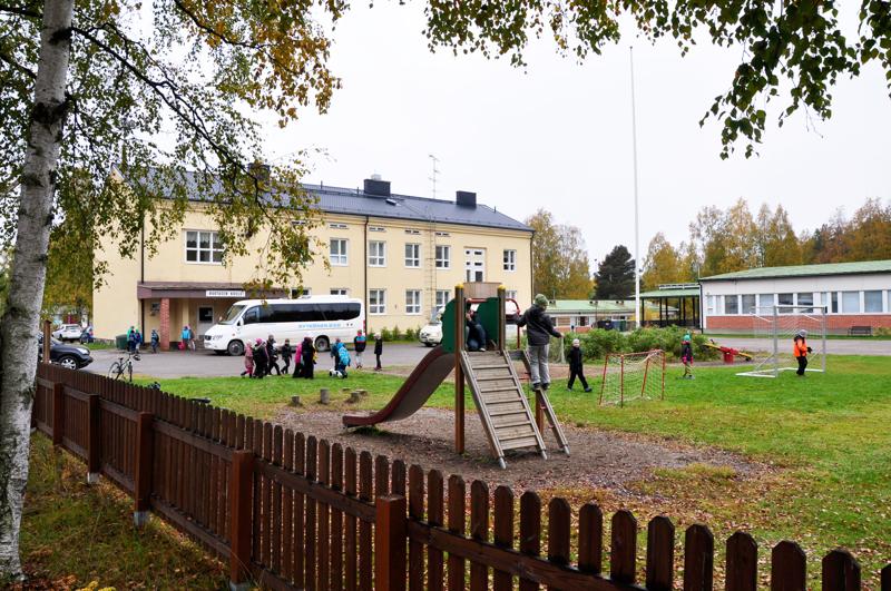 Ruotasen koulu vuonna 2015.
