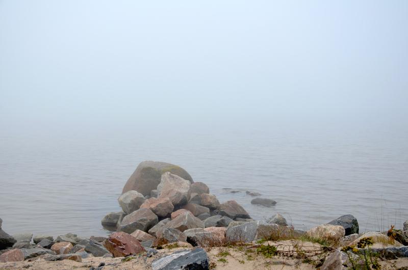Meressä on puutavaraa Mässkärin lounaispuolella. Kuva on arkistokuva, eikä liity se liity onnettomuuteen.