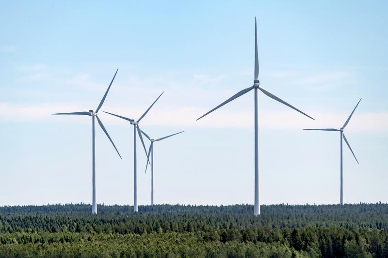 Tuulivoimalat nousevat Hankilannevalle Haapaveden eteläosaan vuoden kuluttua. Arkistokuva.