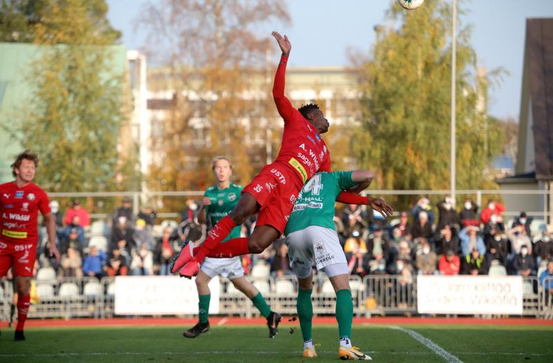 Jaron ulottuva toppari Stanley Amuzie pelasi virheettömän ottelun ainakin puolustussuuntaan, mutta se ei riittänyt.