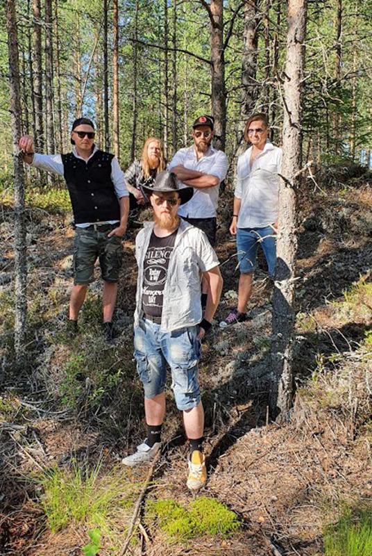 Take Me Down eli Juho Bamberg, Petri Spak, Manu Kujala, Olli Wikström ja Jukka Kultalahti.