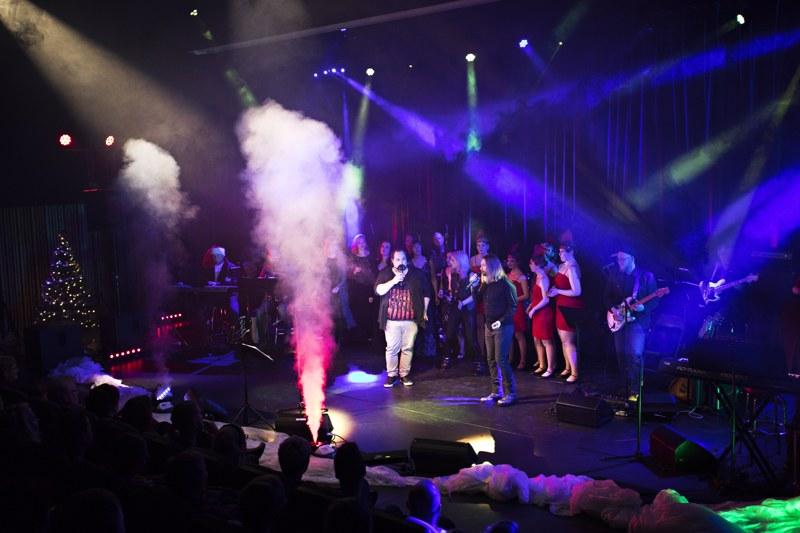 Kalajoen Joulutervehdys esitettiin viime vuonna Virta-salissa. Tänä vuonna konsertti jää koronan takia kokonaan väliin.