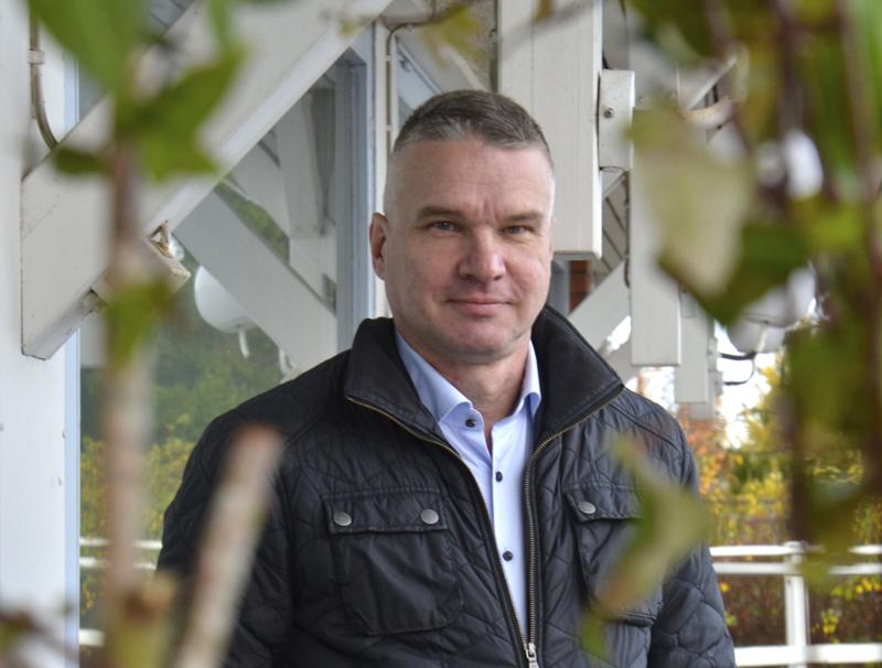 –Toimitilojen yhtiöittämisen jälkeen on tarkoitus myydä tiloja yrityksille, Alavieskan kunnanjohtaja ja Alavieskan Kehityskeskus Oy:n toimitusjohtaja Kari Pentti sanoo.