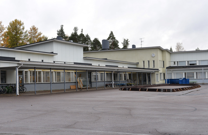 Haapajärven yläkoulun C-siiven korjausta esitetään tehtäväksi vuotta suunniteltua aiemmin.