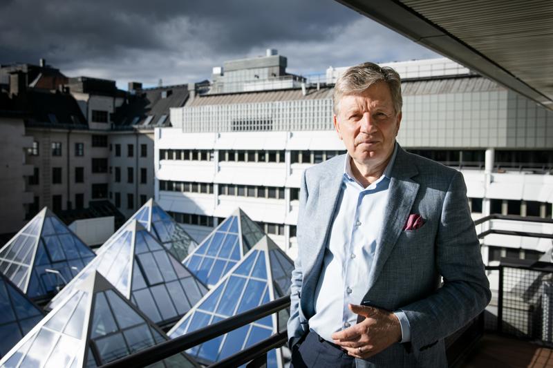 Esko Ahon pääministerikauden alkamisesta on kulunut ensi keväänä 30 vuotta. Aho kuvattuna Helsingissä viime tiistaina.