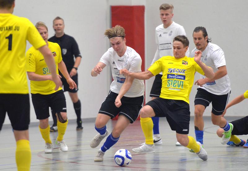 Sievi FS:n keltapaitoihin palannut Jarmo Junno kamppailee seuraavaksi maajoukkuepaidassa MM-kisapaikasta.