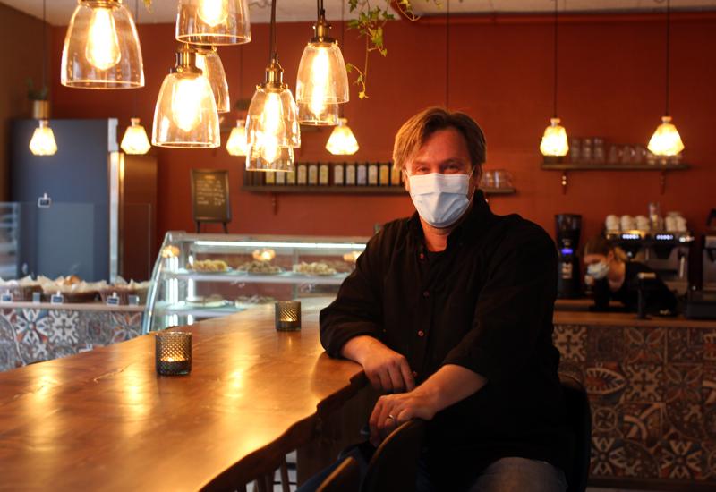 Anders Mattssonin mukaan hyvä palvelu ja hyvät tuotteet ovat toimivan kahvilan A ja O.