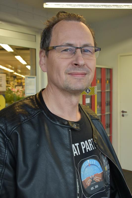 Reijo Karjalainen, Kalajoki- Eilen veli vaihtoi.