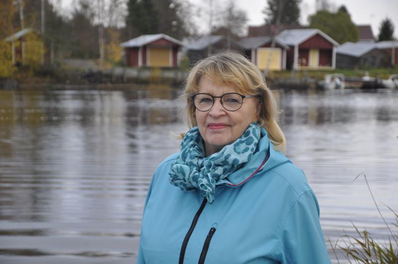 """Onnea! """"Mummuhommat"""" työllistävät ahkeraa Anitta Carlssonia nykyisin paljon."""