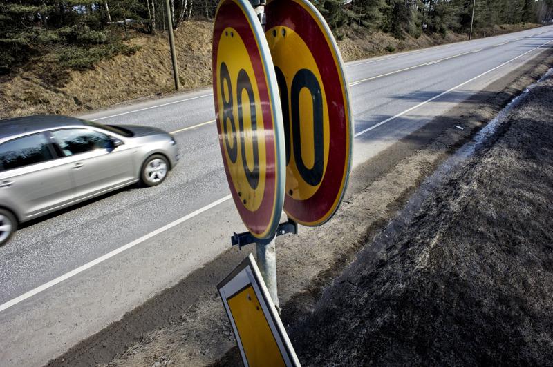 Haapavedeltä poistuu näinä päivinä tieosuudet, joilla on sallittua ajaa yli 80 km/h.