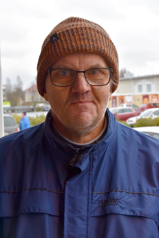 Jaakko Pätiälä, Kannus- Taidetaan mökille mennä.