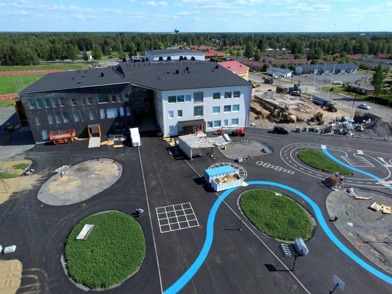 Merenojan yhtenäiskoulu on Suomen ensimmäinen peruskoulu, joka on saanut Joutsenmerkin.