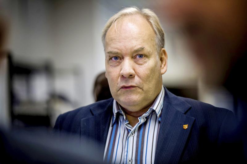 Kruunupyyläinen Peter Albäck uskoo, että Paavo Värysen tulo puoluehallitukseen nostaa keskustan kannatusta.