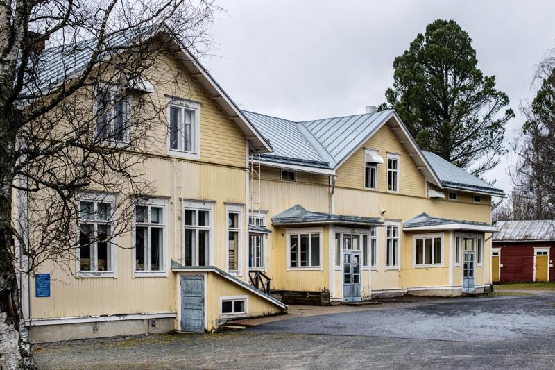 Kokkolan kaupunki myy Rödsön koulua verkkohuutokaupassa, joka päättyy lauantaina.