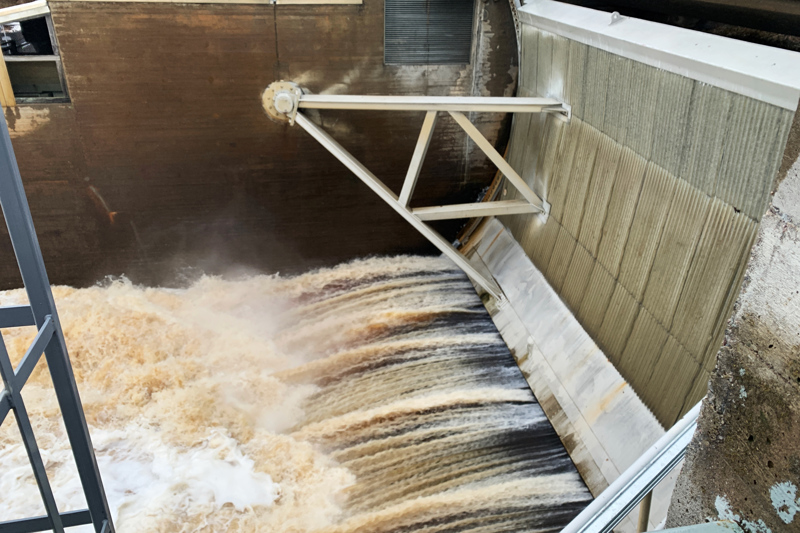 Hamarin voimalaitoksen tehoa säädetään automaattisesti ja voimalaitos pystyy käyttämään vettä entistä tehokkaammin.